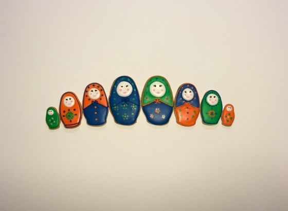 cute-russian-doll-cookies