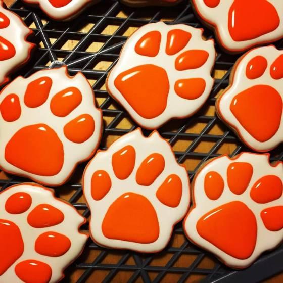 paw_print_cookies